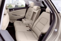 foto: Hyundai-Tucson-2015-Interior-asientos traseros 2 [1280x768].jpg
